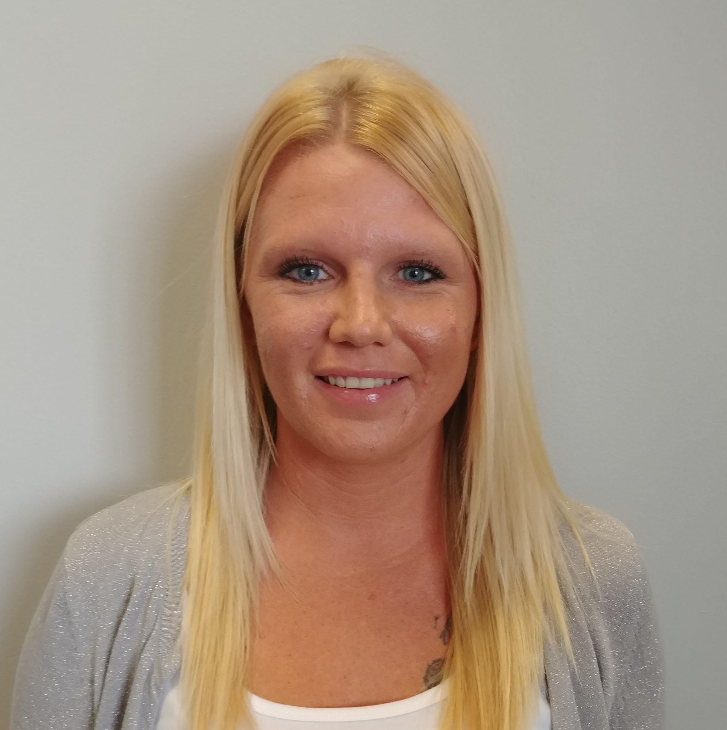 Shanda Weiss - Receptionist